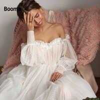 Booma Nuovo Disegno Off spalla Puffy Manica Dot Tulle Abiti Da Sposa per la Sposa 2019 Aperto Indietro Manica Lunga 3D Fiore abito da sposa Abito