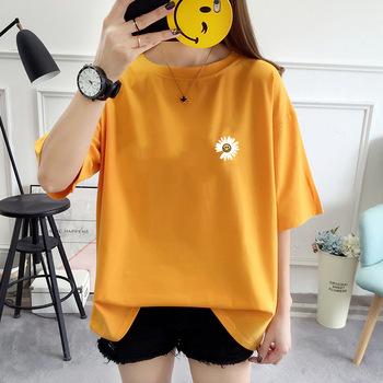 Koreański T-shirt z okrągłym kołnierzykiem z okrągłym kołnierzykiem 2021 nowy letni luźny M-2XL t-shirty sportowe moda mała stokrotka solidna kolorowa bawełniana koszulka tanie i dobre opinie LOVELY SUNNY CN (pochodzenie) WOMEN summer COTTON Dobrze pasuje do rozmiaru wybierz swój normalny rozmiar