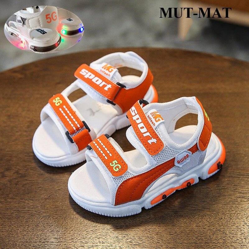 Children Shoes Summer 2020 New Children's Flashing Sandals Boy's  And Girls Soft Bottom Beach Shoes Baby Glow Children's Sandals