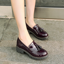 Женские туфли оксфорды AARDIMI, теннисные туфли из лакированной кожи, на плоской платформе, без застежки