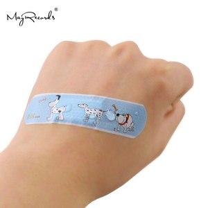Image 5 - 100 قطعة ضمادات لاصقة مضادة للماء تسمح بالتهوية على شكل فرقة كارتونية لطيفة للأطفال