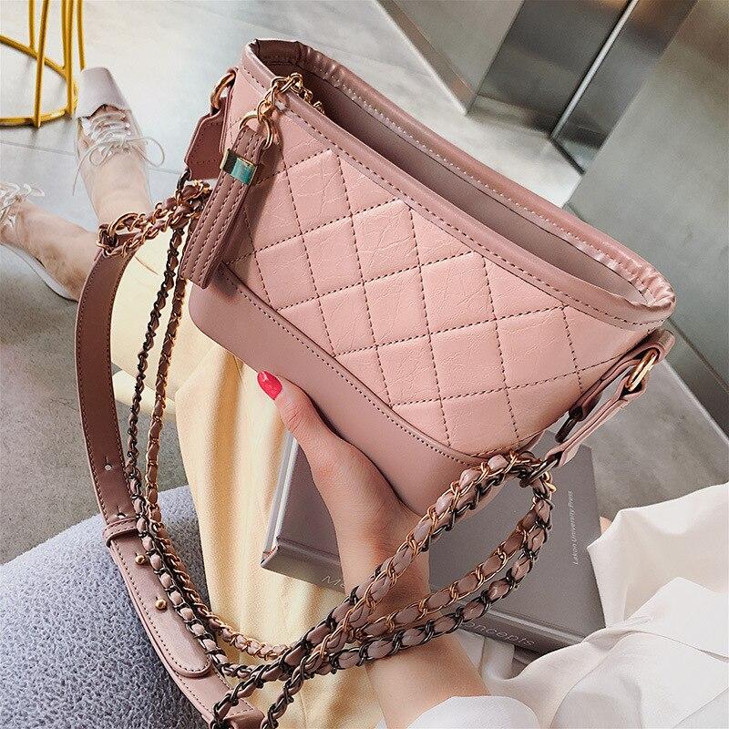 New 2019 Fashion Diamond Chain Wandering Bag Wild Slung Small Female Tide