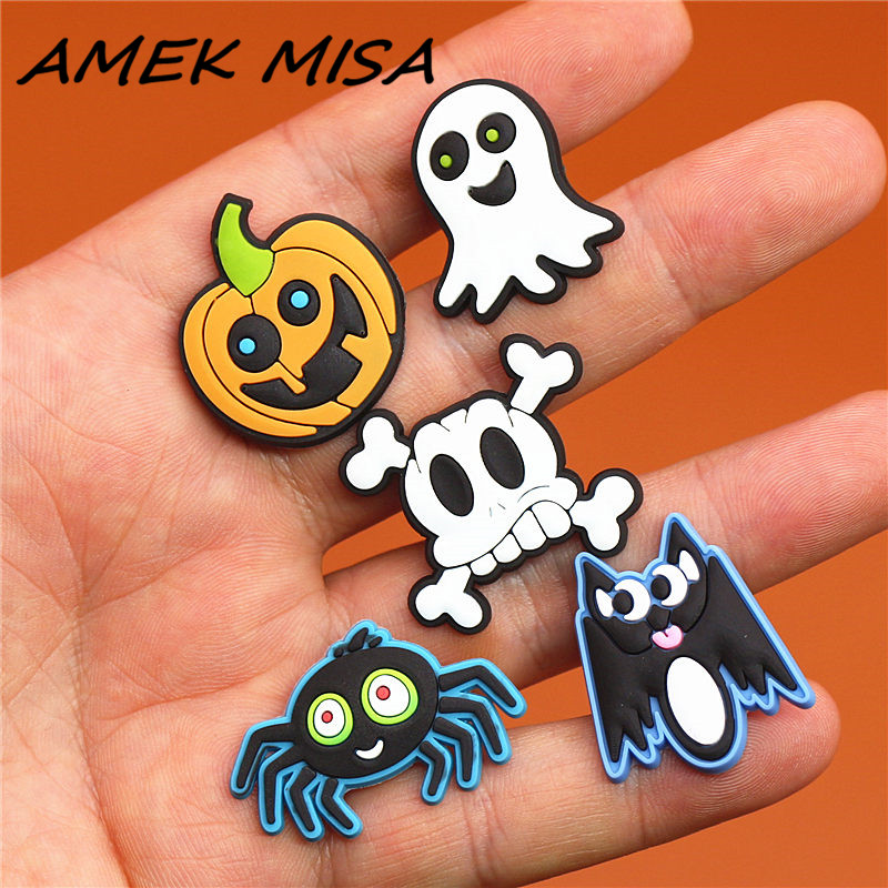 1pcs Cute Christmas Monstrosity PVC Shoe Charms Spider Shoe Accessories Ghost Shoe Decoration Croc Charm Jibz Kids Party X-mas