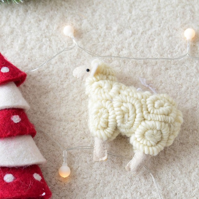 New Christmas Sleep Felt Painted Christmas Decoration Pendant for Home with Santa cute kid toys gift ornament new year Gift A16 4