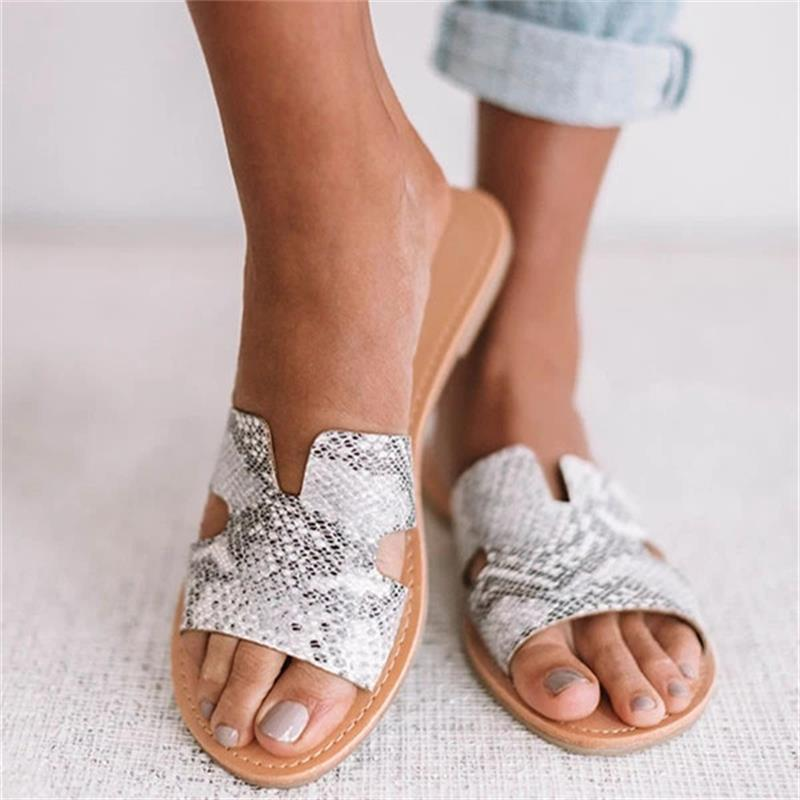 Women's Snake Sandals 2020 Summer Flat Large Size Ladies Comfortable Shoes Casual Outdoor Beach Female Slippers Tyu7