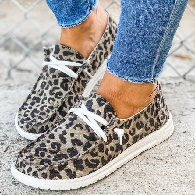 2020 Women Sneakers Canvas Shoes Solid Leopard Breathable Casual Sneakers Woman Flats Spring Lace Up Round Toe Women Flat Shoes