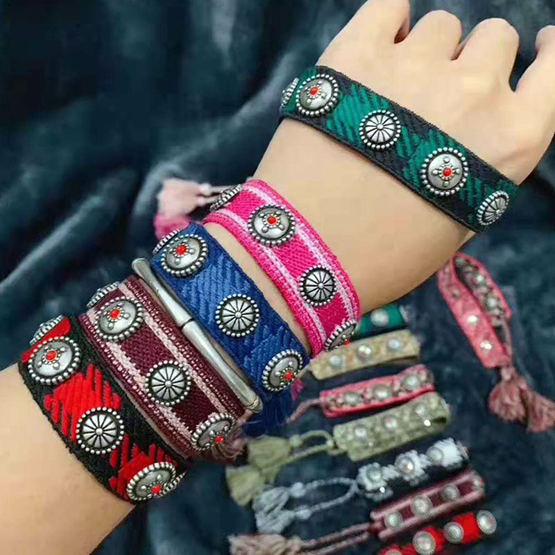 Zlxgirl high quality fashion Mixed-colour cotton yarn braided rivet pull-out Bracelet suitable for male and female