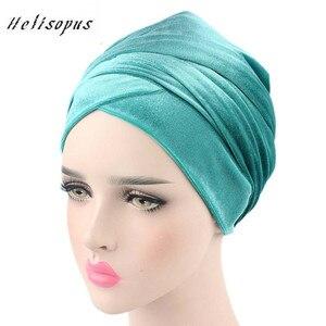 Image 1 - Helisopus kobiety moda styl aksamitna Turban muzułmanin długi tren Cap jednolity kolor owinięty szalik na głowę kapelusz panie Headwrap szalik