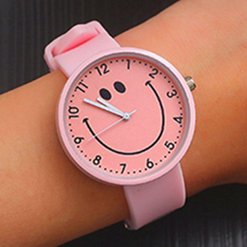2020 New Cartoon Big Smiley Child Watch Silicone Strap Boy Girl Child Baby Birthday Party Gift Clock Suitable For 2-8 Years Old
