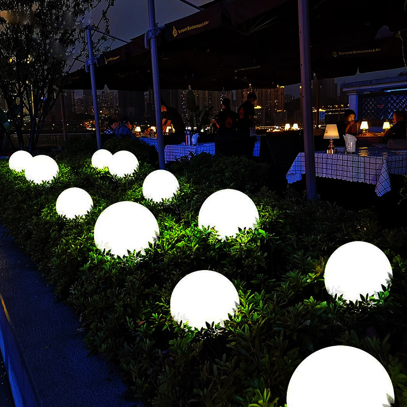 Su geçirmez 16 Renk Bahçe ışıkları Topu Kızdırma Gece Lambası Dış Aydınlatma Çim Lambaları Yolu Peyzaj Yüzme Havuzu Gölet Işık