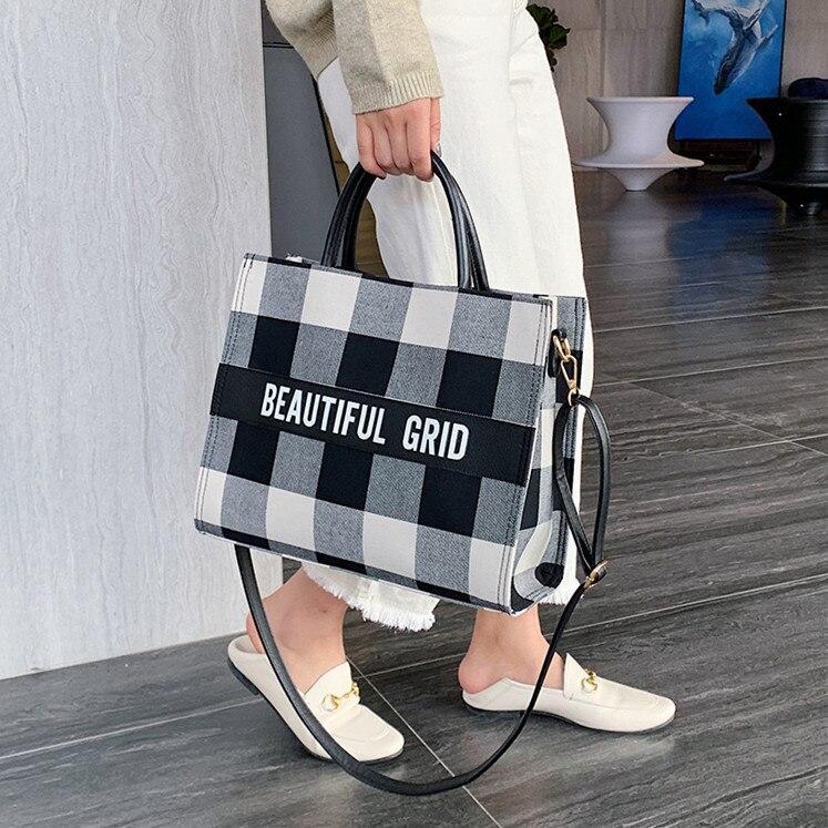 2020 Women Casual Handbag Large Size Luxury Personality Shopping Bag Designer Louis Brand Fashion Embroidery Shopping Handbag