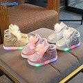 2019 neue Winter Leuchtenden Schuhe Baby Mädchen Licht Up Schuhe Kinder Glowing Turnschuhe Kinder LED Leucht Wanderschuhe EU21 30-in Wanderschuhe aus Sport und Unterhaltung bei