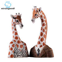Strongwell Miniature Model Giraffe Home Party Decoration Accessories Hotel Decor Figurine Wedding Decoration Abstract Statue