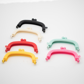 1Pc Candy Color Resin Coin Purse Bag Arc Frame Kiss Clasp Lock Handbag 8.5cm Hot Bag Parts & Accessories yesello creative cute candy color macarons coin purse coin pack key bag hand held packet