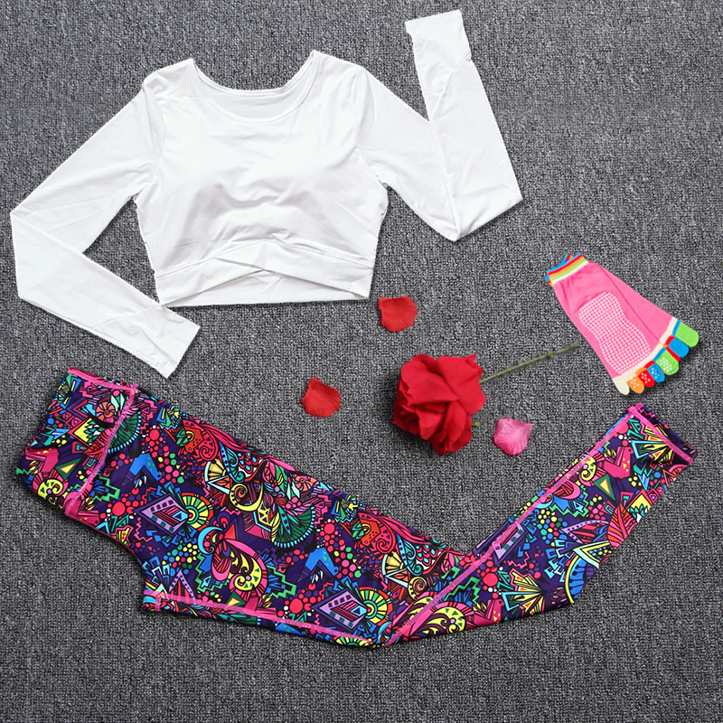 WOMEN YOGA SETS (8)