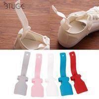 2 pièces professionnel chausse-pied coloré en plastique chaussure corne cuillère chausse-pied chaussures outil de levage chaussures accessoires