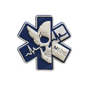 3D PVC Medical PARAMEDIC Skull Patches Tactical Military Morale Decorative Patches Combat Rubber Medic Badges For Caps Backpack(China)