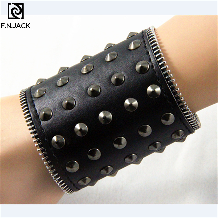 Punk Gothic Rock Cuspidal Spikes Rivet Cone Stud Wide Leather Cuff Bracelet Wristbands Charm Bangle Fashion Unisex Jewelry
