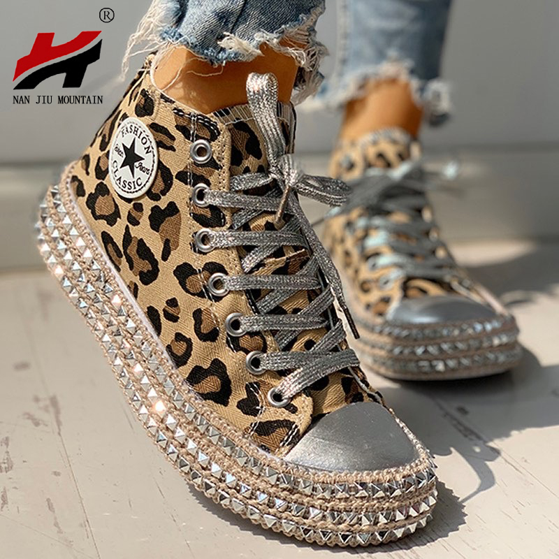 Woman Spring Leopard Print Canvas Fashion Sneakers Rhinestone Sequin Flat Wild Women's Shoes  Youth Casual Shoes Plus Size