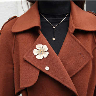 Fashion Wanita Bunga Bros Elegan Mutiara Kain Bros Pin Cardigan Kemeja Clother Selendang Pin Perhiasan Hadiah
