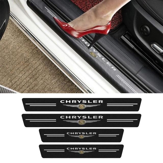 4PCS Auto Logo Tür Schwellen verschleiss Platte Dekor Aufkleber Für Chrysler 300c 300 300M 200 Sebring RS RT voyager Neon MPV Pacifica Delta