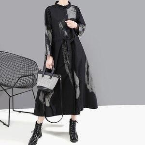 Image 3 - [EAM] 여성 블랙 인쇄 히트 컬러 빈티지 드레스 새로운 옷깃 넥 긴 소매 느슨한 맞는 패션 조수 봄 가을 2020 1A924