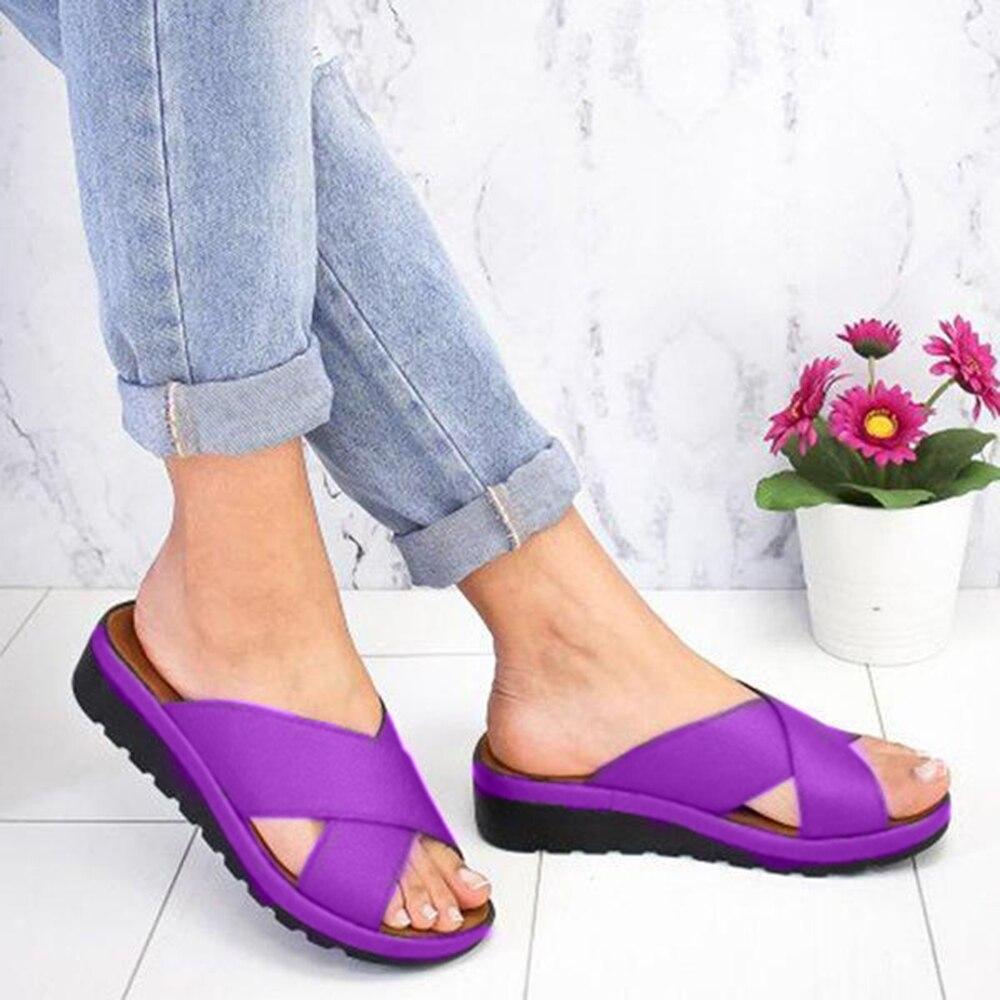 Женские модные повседневные Мягкие Шлепанцы с открытым носком, женские кожаные туфли на танкетке, удобные тапочки на плоской платформе, 2020 Тапочки      АлиЭкспресс