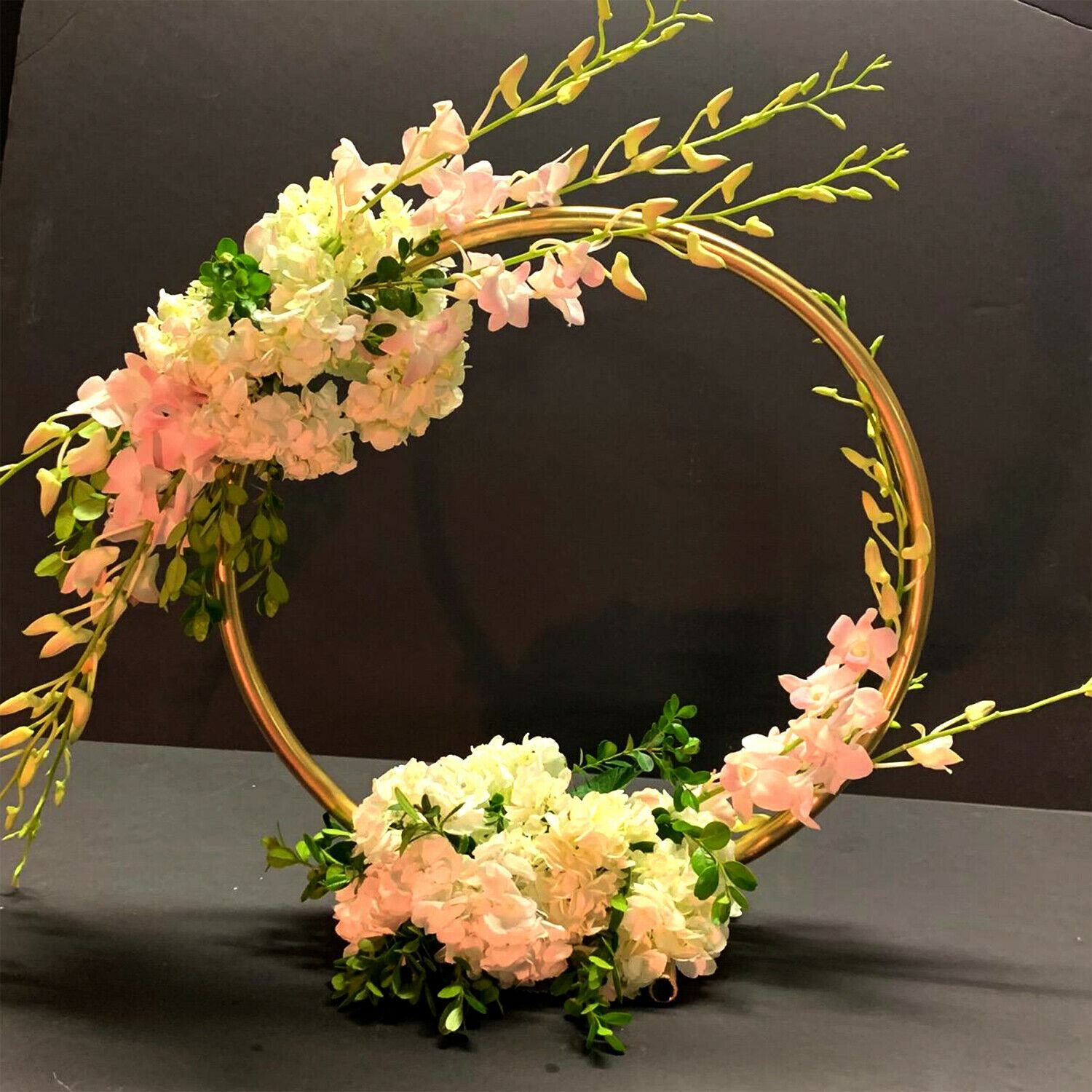 Ev ve Bahçe'ten Düğün Kemerleri'de Wedding Props Birthday Party Decor Wrought Iron Circle Round Ring Arch Backdrop Arch Lawn Artificial Flower Row Stand Wall Shelf title=