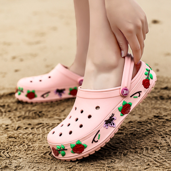Nowe letnie buty do wody damskie sandały plażowe kapcie lekkie buty ogrodowe dziewczęce kwiaty damskie drewniaki wysokość zwiększenie buty Auqa tanie i dobre opinie FENGXUELANG WOMEN Zaawansowane light Pasuje prawda na wymiar weź swój normalny rozmiar Slip-on Spring2019 Slides Beach Shoes