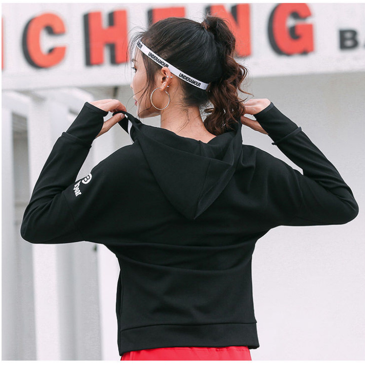 women-running-jackets_06