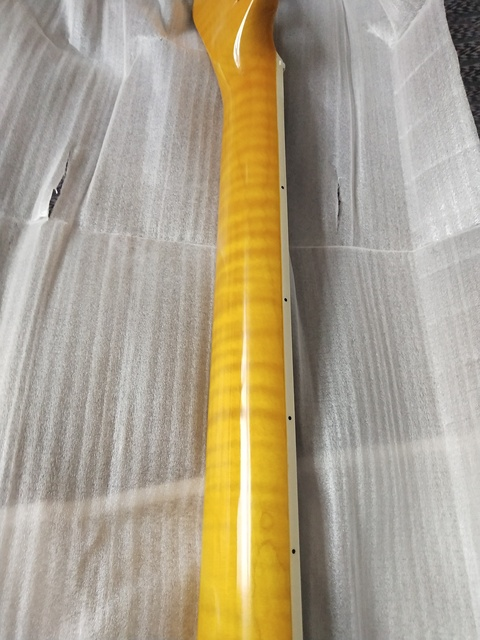 Guitare électrique cou flamme érable TL style palissandre touche motif tigre 22 fret 25.5 pouces