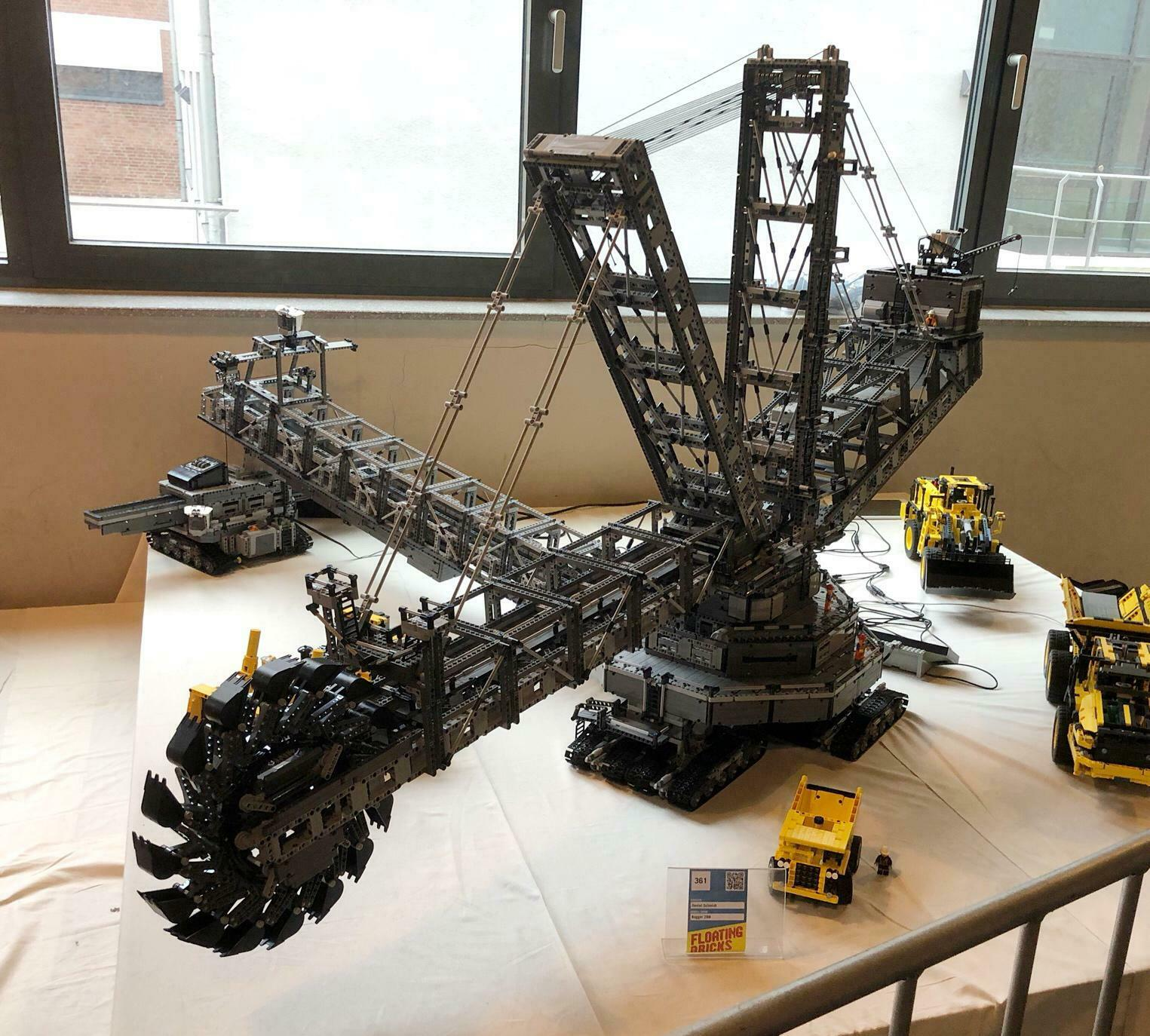 technology building block moc-<font><b>42055</b></font> giant bucket wheel excavator high difficulty remote control assembling toy boy gift image