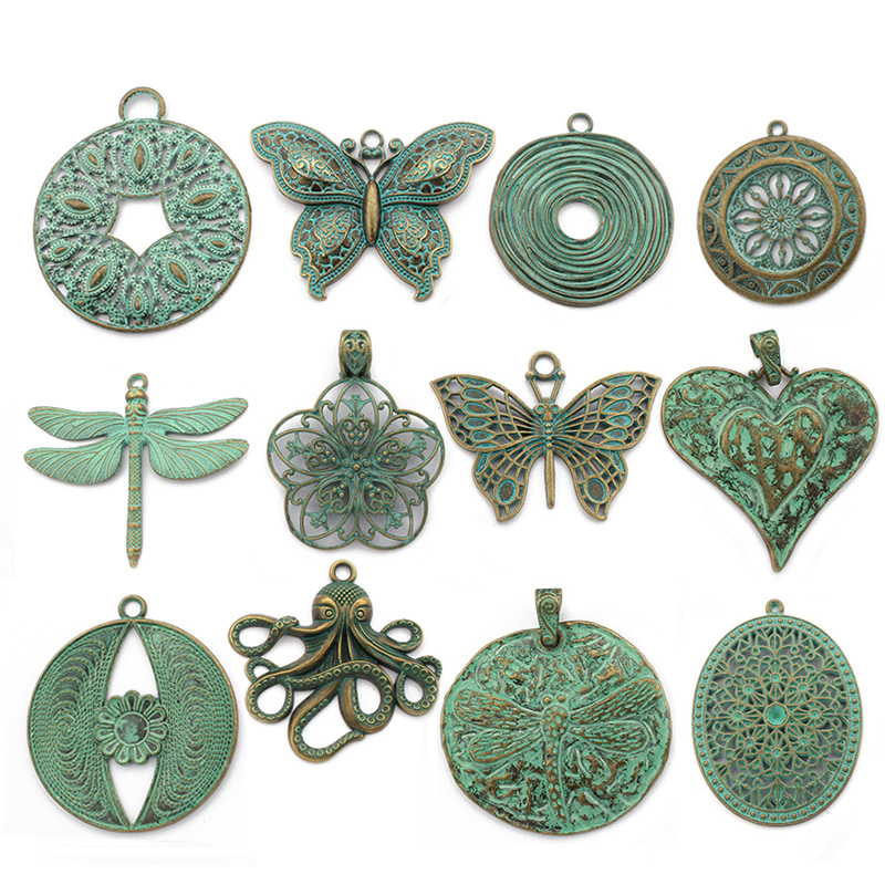 2x Large Antique Greek Bronze//Verdigris Patina Hammered Dragonfly Charms Pendant