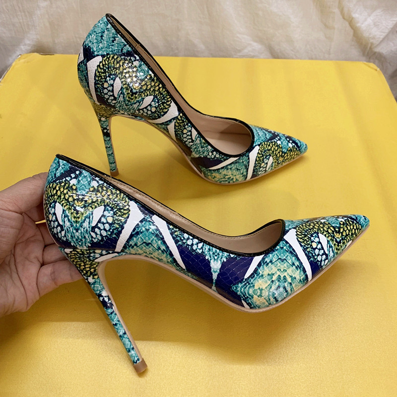2020 New fashion Women Lady green python Patent Leather Poined Toes high heels shoes pumps HIGH-HEELED SHOES