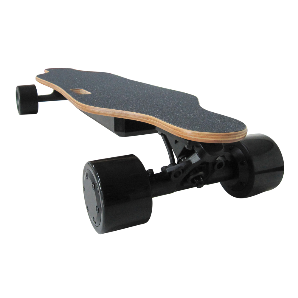 Four Wheel Boost Electric Skateboard 350W Hub-Motor With Wireless Remote Controller Scooter Range 9.3 Miles Mini Longboard 82cm