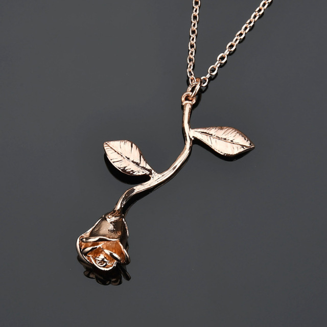 2020 Rose Gold Color Necklace 1