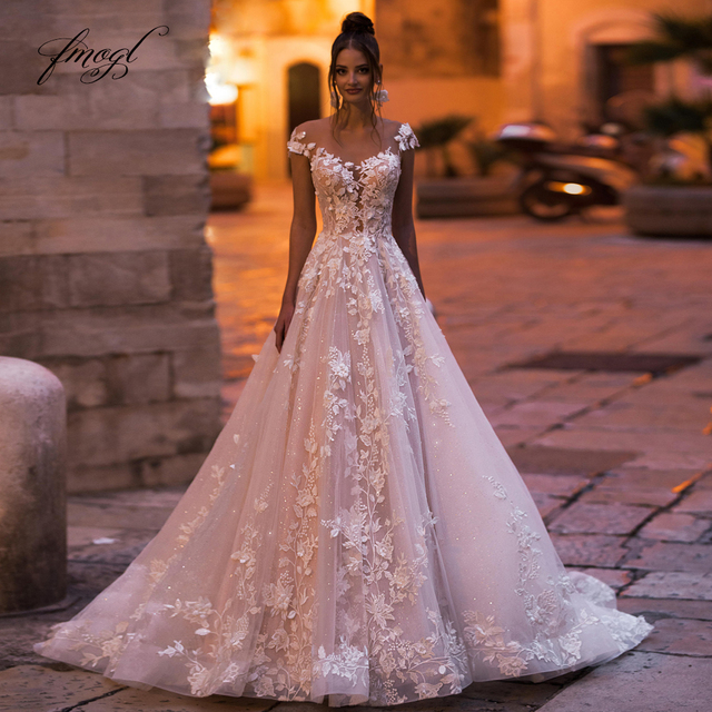 Fmogl Sexy Backless Cap Sleeve Lace Princess Wedding Dress 2021 Appliques Beaded Flowers Court Train Vintage A Line Bridal Gowns 1
