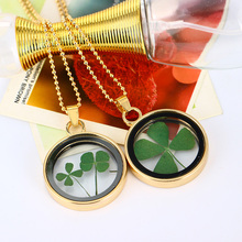 2019 Round Glass Dried Flower Four Leaf Clover  Pendant Necklaces Bring Lucky Flowers Charms Jewelry for women/Girl