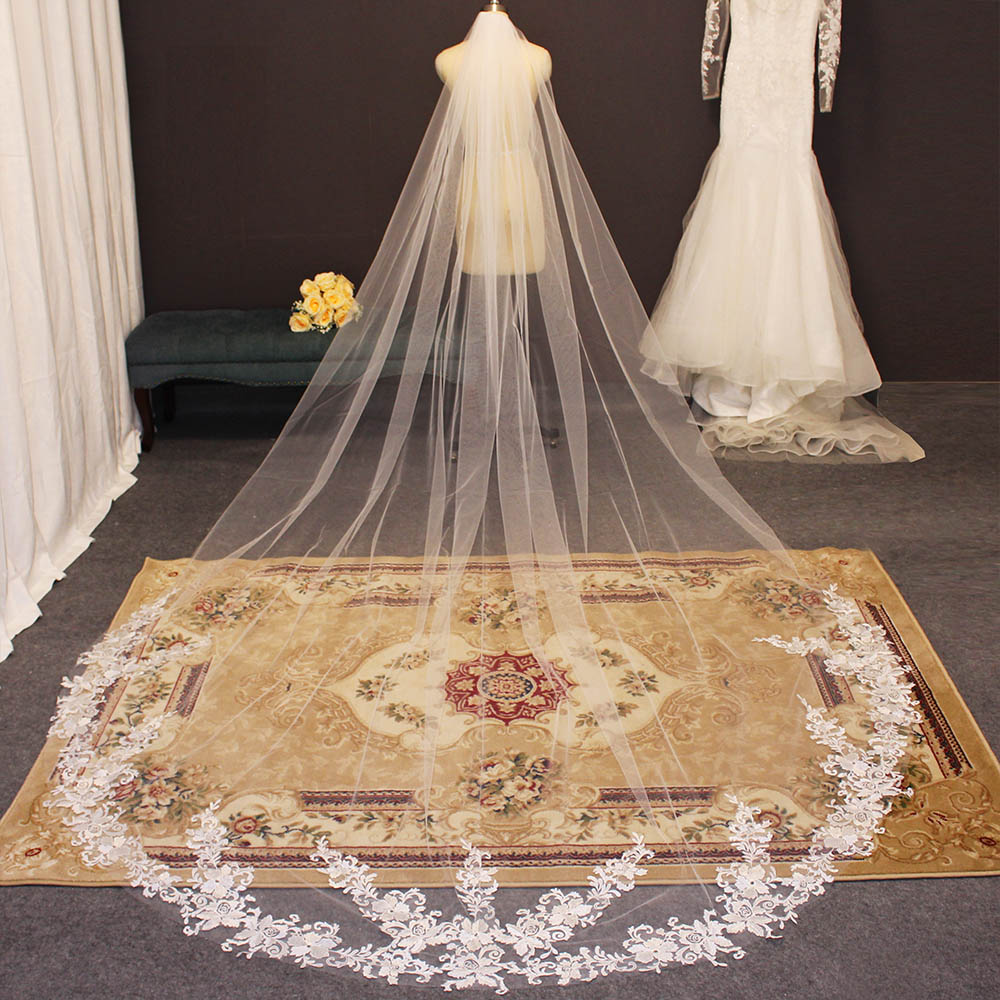 Lace Appliques Long Wedding Veil Cathedral Bridal Veil with Comb One Layer 3 Meters Veil for Bride Velo de Novia