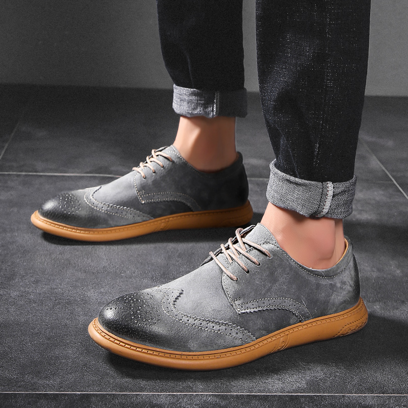 New British Style Casual Brogues Shoes Lazy Sets Breathable Driving Men Oxfords Fashion Brand Dress Shoes Man Male Adult Loafers