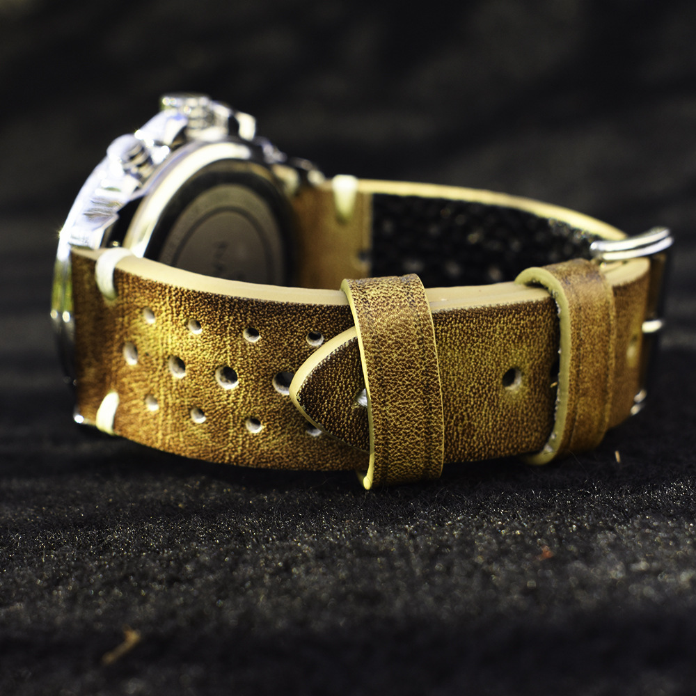 Handmade Oil Wax Genuine Leather Watch Strap Vintage Casual Perforated Replacement Watchband For Mens Watch 20mm 22mm 24mm
