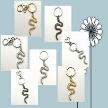 Snake Keychain New Animal Snake Pendant Men and Women Pendant Keychain Simple Fashion Men and Women Birthday Jewelry Jewelry