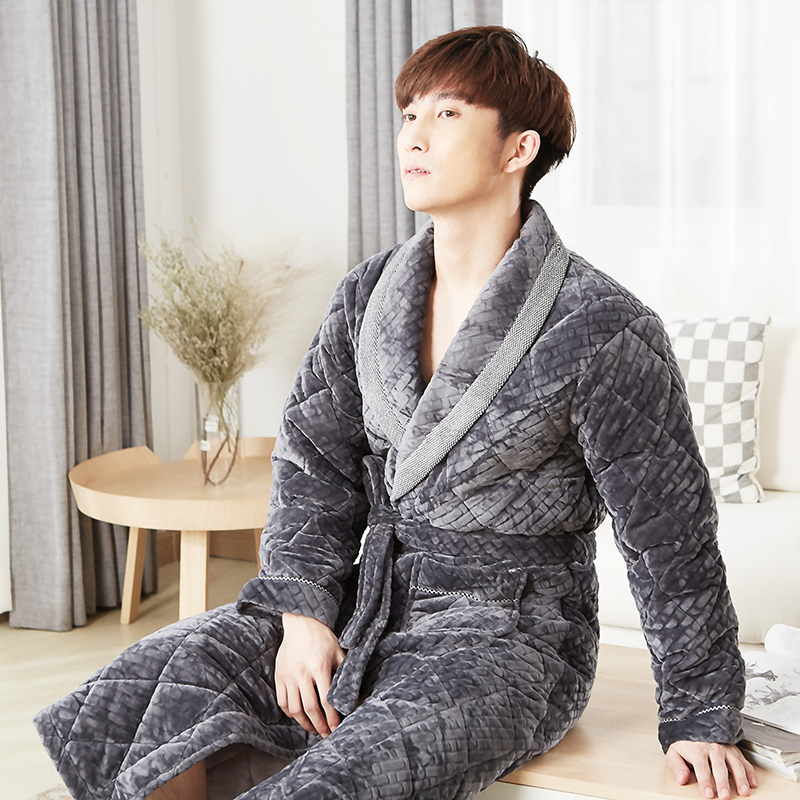Winter Male Gowns Thick Quilted Roupao De Banho Warm Bathrobe Men High Quality Gray Velvet Cotton Padded Brand Pajamas Male Robe