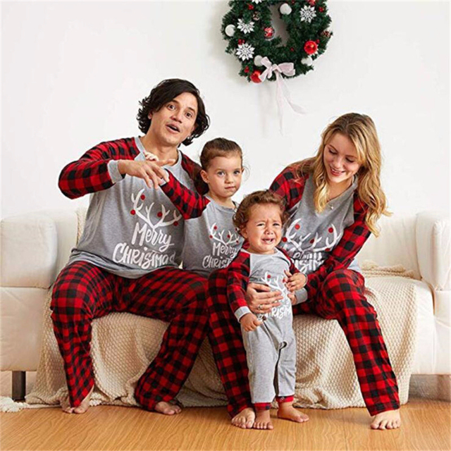 Christmas Family Matching Outfits Mother Daughter Pajamas Set Dad Son Baby Kids Elk Print Plaid Suit For Family Home Pajamas Set