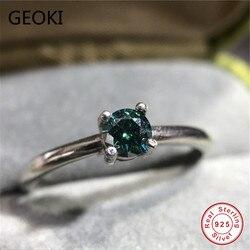 Geoki luxe passé diamant Test 0.3 Ct vert Moissanite bague 925 en argent Sterling classique 4 broches émeraude anneaux bijoux de mariage