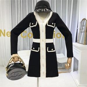 Image 2 - ALPHALMODA Mùa Thu 2019 Pháp Mới Cổ V Dài Tay Và Đầm Dệt Kim Nữ Eo Thon Giả Bỏ Túi Thời Trang Bộ Trang Phục