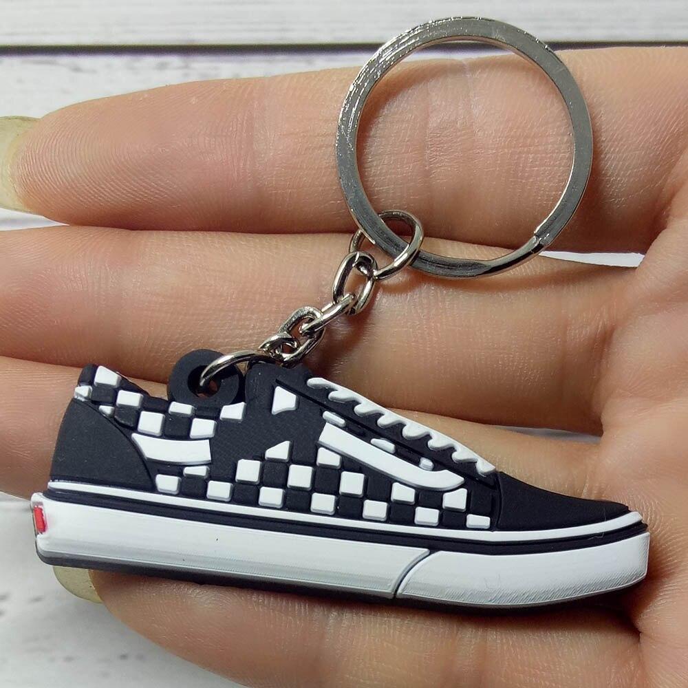 Keychain New Exotic Mini Retro Shoe Key Chain Men And Women Kids Gift Keyring Basketball Sneaker Key Holder Porte Clef