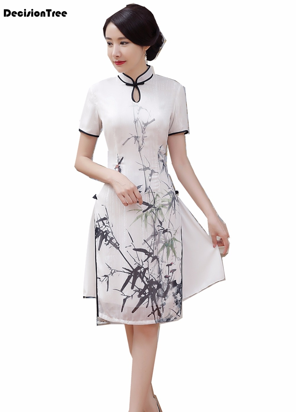 2019 White Vietnam Aodai Chinese Traditional Clothing For Woman Ladies Qipao Knee Length Chinese Oriental Dress