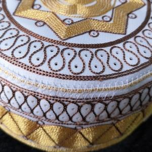Image 3 - Men Round Caps India Muslim Turban Trendy Cotton Embroidery Arab Prayer Hat Man Hijab Bonnet Saudi Arabian Hats Jewish Topi Kufi