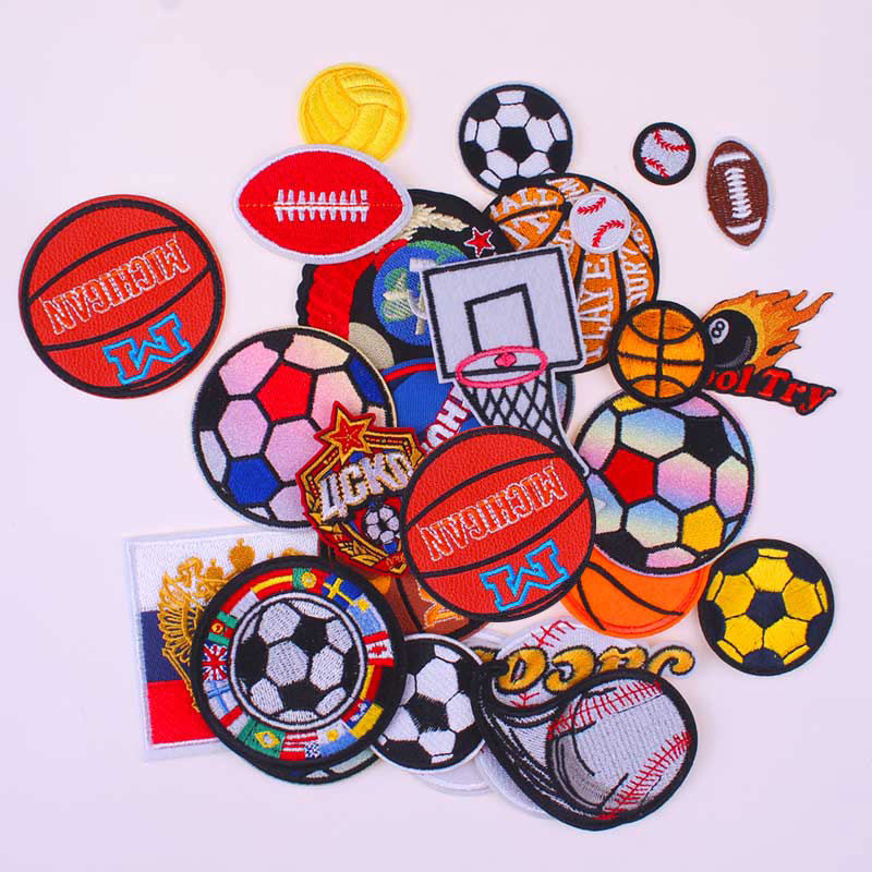 Soccer Patch Badge Cartoon Patches Iron On Patches For Clothing DIY PFC CSKA Moscow Football Club Badges Garment Accessories H
